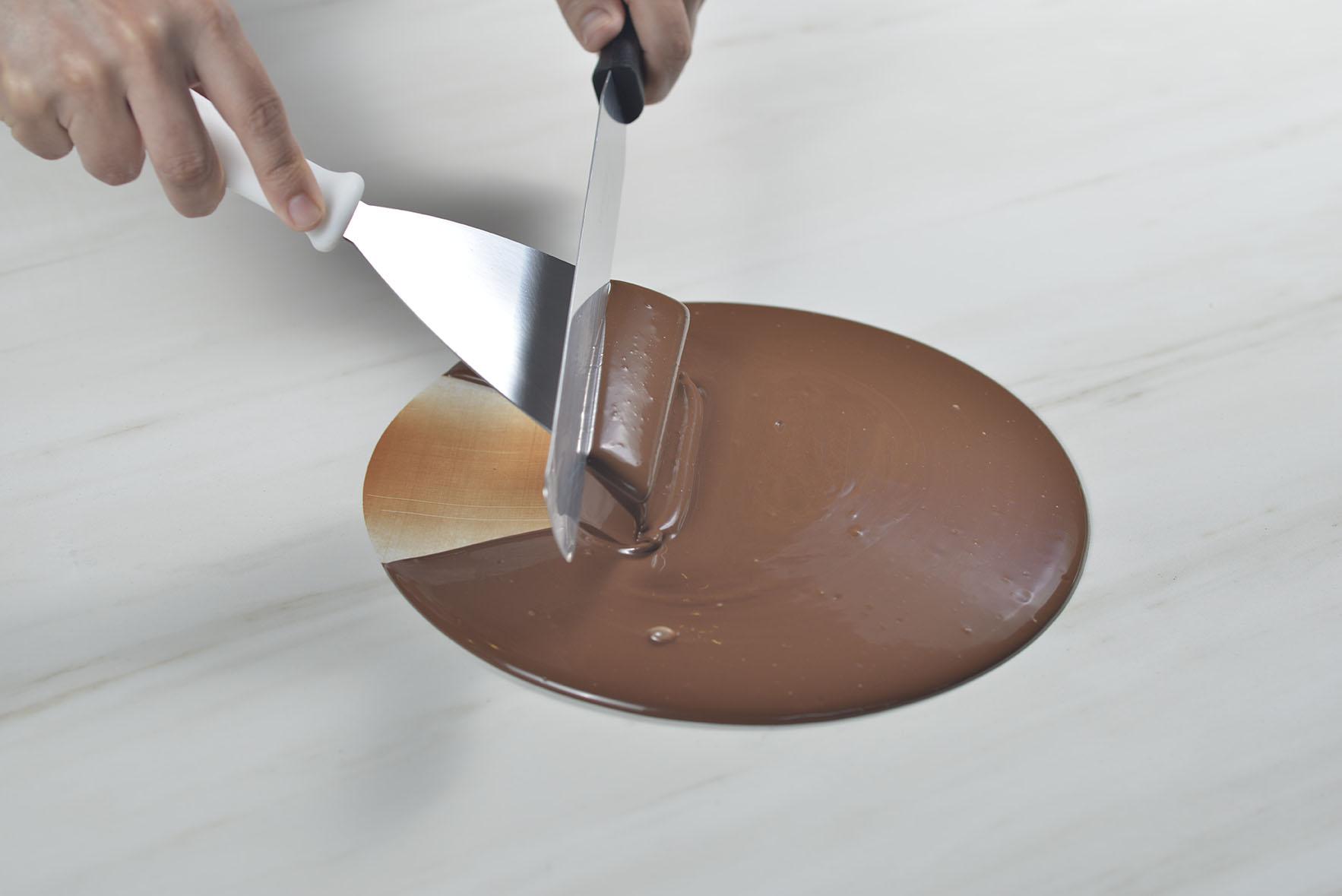 Conheça as técnicas de temperagem do chocolate